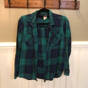 Long sleeved plaid top